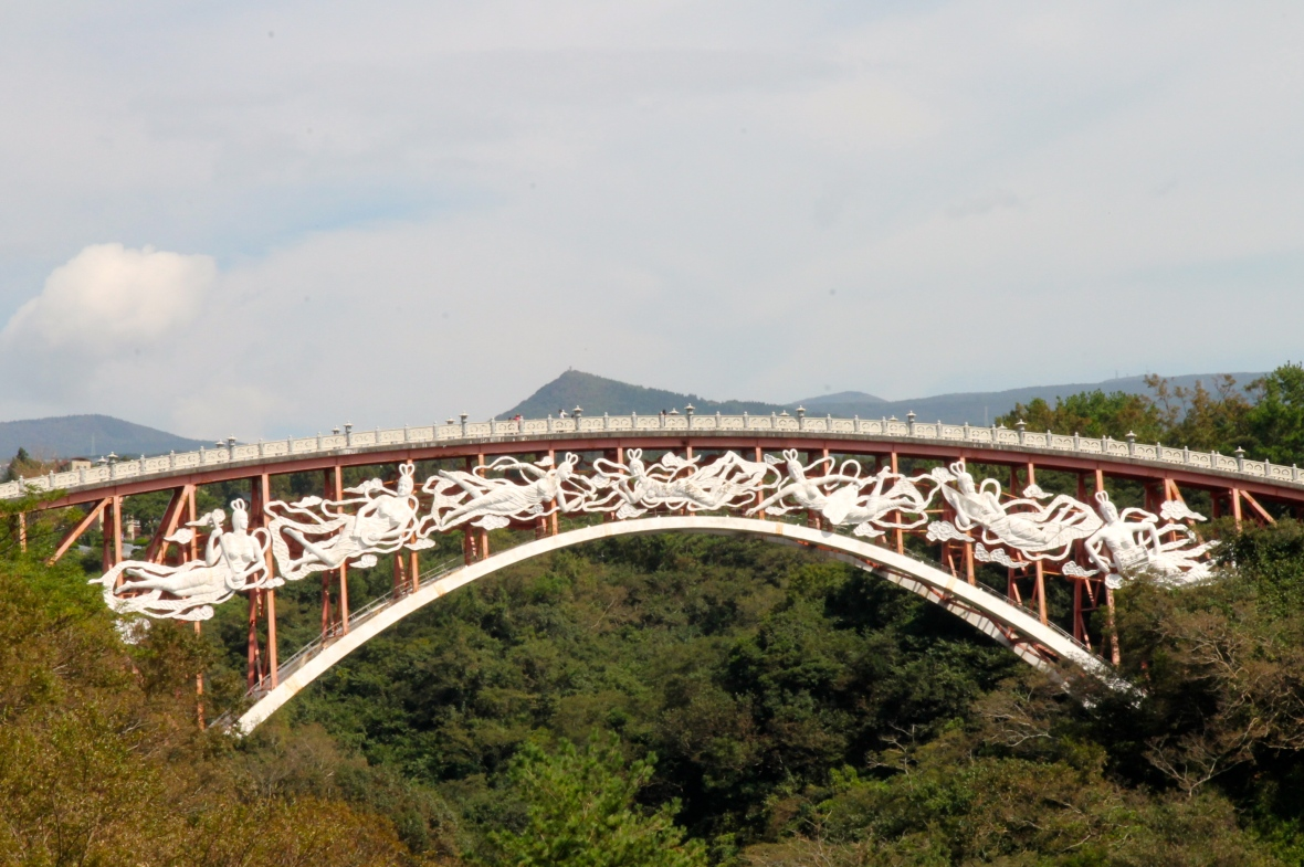 The Seonimgyo Bridge at Yeomiji Botanical Garden, is adorned with seven heavenly nymphs (from a popular Korean legend) © Nisha D'Souza